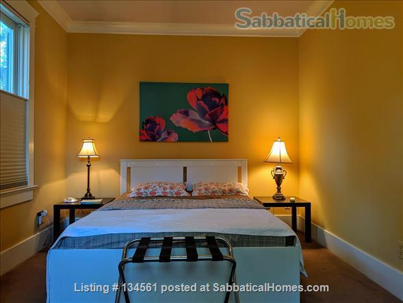 Historic colonial house in Old West Side  Home Rental in Ann Arbor, Michigan, United States 0
