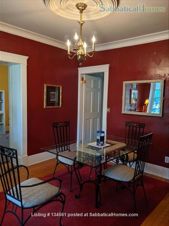 Historic colonial house in Old West Side  Home Rental in Ann Arbor, Michigan, United States 2