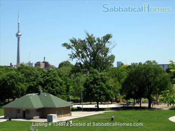 christie pits Digs Home Rental in Toronto, Ontario, Canada 9