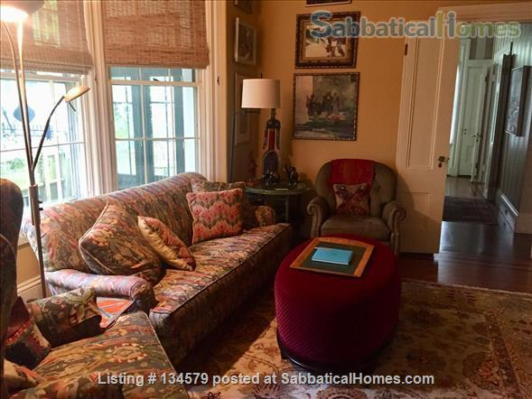 Great historic home walk to Brown and RISD  Home Rental in Providence, Rhode Island, United States 7