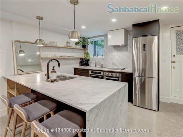 Newly Rennovated High-end Studio Apartment in Dufferin Grove Home Rental in Toronto, Ontario, Canada 4