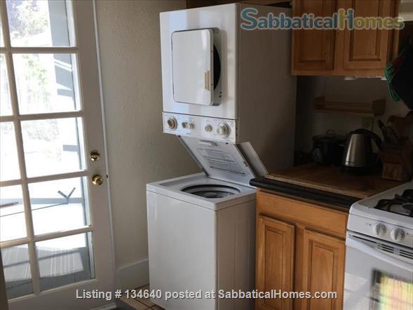 Furnished 2 Bedroom Flat in West Berkeley Duplex Home Rental in Berkeley, California, United States 4