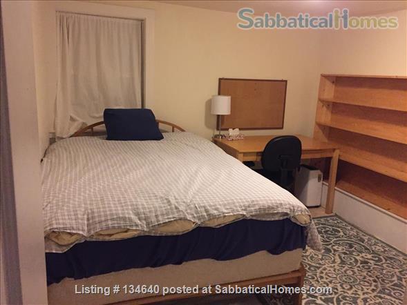 Furnished 2 Bedroom Flat in West Berkeley Duplex Home Rental in Berkeley, California, United States 5