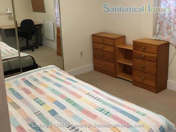 Furnished 2 Bedroom Flat in West Berkeley Duplex Home Rental in Berkeley, California, United States 6