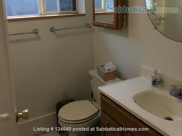 Furnished 2 Bedroom Flat in West Berkeley Duplex Home Rental in Berkeley, California, United States 7