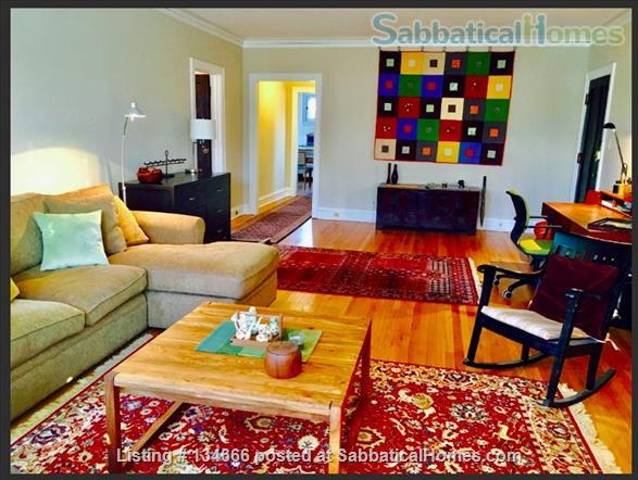 Expansive Apartment in Great Location Home Rental in Evanston, Illinois, United States 1