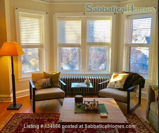 Expansive Apartment in Great Location Home Rental in Evanston, Illinois, United States 5