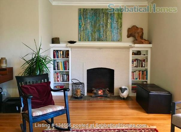 Expansive Apartment in Great Location Home Rental in Evanston, Illinois, United States 8