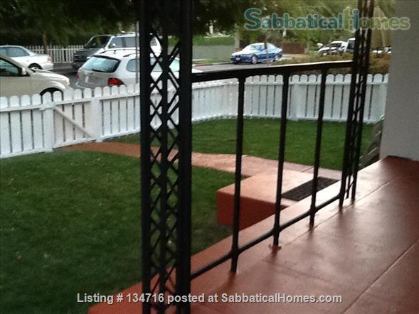 Santa Monica Quaint 1 bdrm, 1 bath apt in quiet 4-plex  Home Rental in Santa Monica, California, United States 5