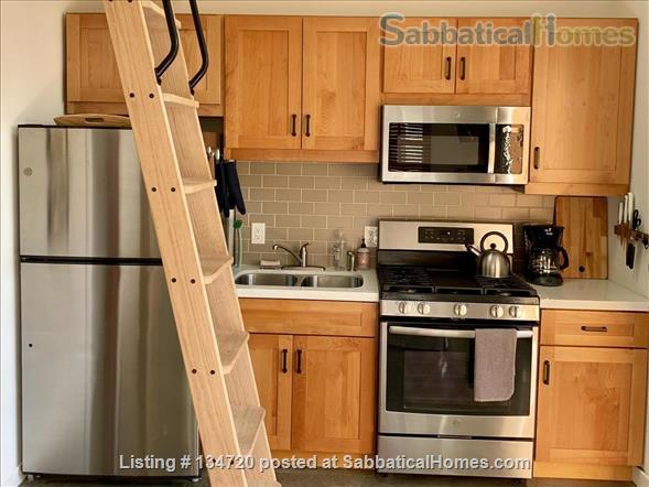 Charming Alameda cottage Home Rental in Alameda, California, United States 0