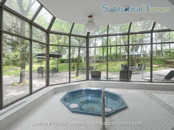 2+ BR Luxury Condo, Swansea/High Park, Humber River/Waterfront, TTC/Highway,Pet Friendly, Utilities, 1 Parking, 2 hours to Muskoka, Escape your home renovation Home Rental in Toronto, Ontario, Canada 8