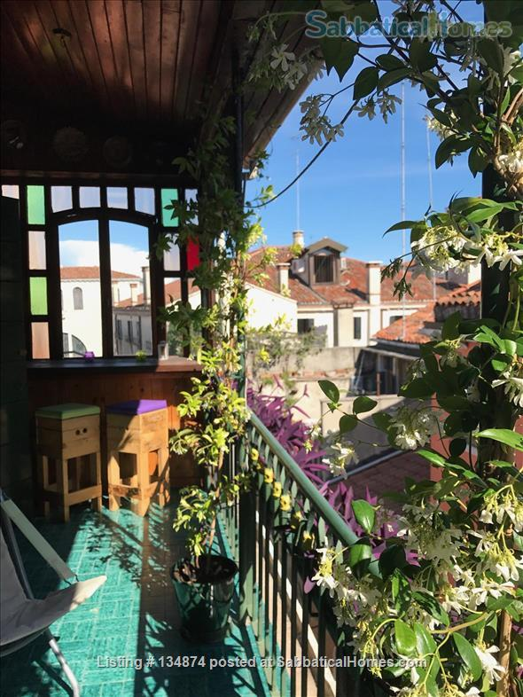 Top floor bright terrace appartment, 5 mins to San Marco Home Rental in Venice, Veneto, Italy 1