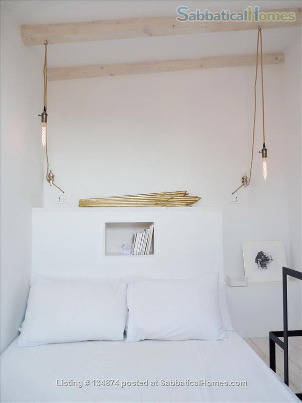 Top floor bright terrace appartment, 5 mins to San Marco Home Rental in Venice, Veneto, Italy 7