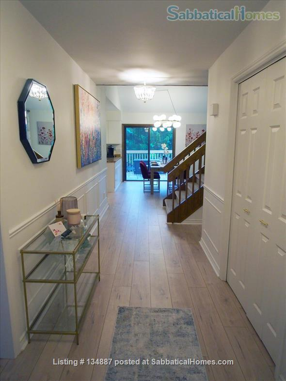 7-Minute Walk to Western University & University Hospital! Utilities included. Home Rental in London, Ontario, Canada 0