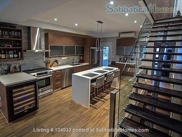 STUNNING 2 FLOOR APT (1BDRM) IN LESLIEVILLE! Home Rental in Toronto, Ontario, Canada 1