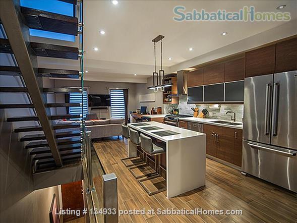 STUNNING 2 FLOOR APT (1BDRM) IN LESLIEVILLE! Home Rental in Toronto, Ontario, Canada 3
