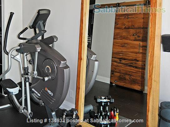 STUNNING 2 FLOOR APT (1BDRM) IN LESLIEVILLE! Home Rental in Toronto, Ontario, Canada 7