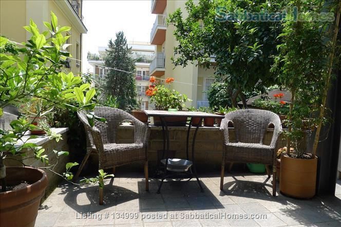 MONTE VERDE VECCHIO FURNISHED LOFT WITH PRIVAT TERRACE  SURROUNDED   by a lovely  garden Home Rental in Roma, Lazio, Italy 9