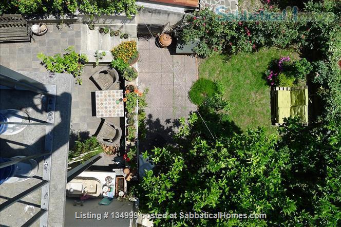 MONTE VERDE VECCHIO FURNISHED LOFT WITH PRIVAT TERRACE  SURROUNDED   by a lovely  garden Home Rental in Roma, Lazio, Italy 8