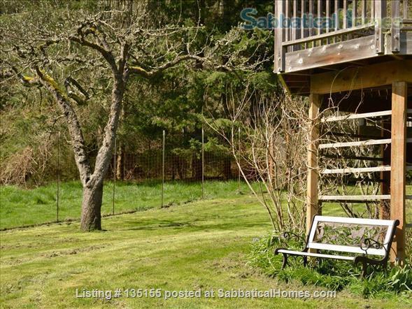 Goldeneye Farm Home Rental in Olga, Washington, United States 3