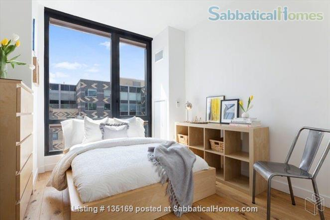 Beautiful room in luxury apartment walking distance to Columbia University Home Rental in New York, New York, United States 3