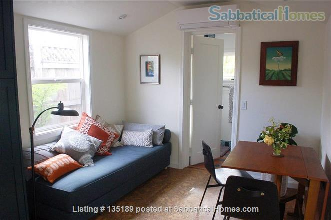 Newly Remodeled Garden Cottage with Parking Home Rental in Berkeley, California, United States 2
