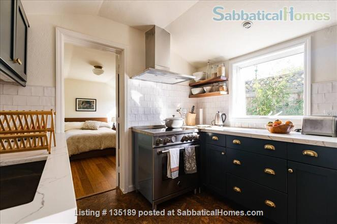 Newly Remodeled Garden Cottage with Parking Home Rental in Berkeley, California, United States 4