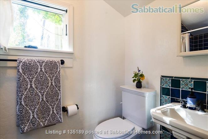 Newly Remodeled Garden Cottage with Parking Home Rental in Berkeley, California, United States 7