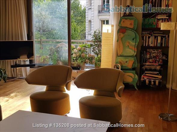 Paris, left bank, close to everything by foot, bike or metro. Terrace Home Exchange in Paris, Île-de-France, France 2