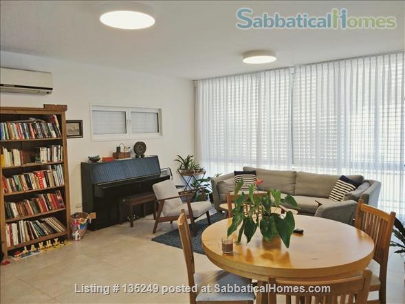 Beautiful 3-bedroom apartment in central Tel-Aviv Home Rental in Tel Aviv-Yafo, Tel Aviv District, Israel 1