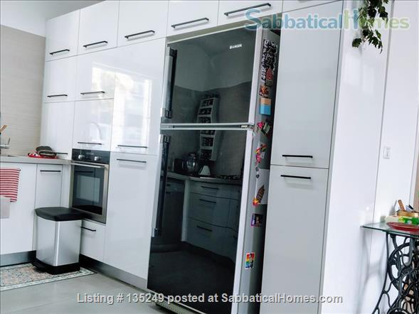 Beautiful 3-bedroom apartment in central Tel-Aviv Home Rental in Tel Aviv-Yafo, Tel Aviv District, Israel 4