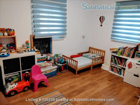 Beautiful 3-bedroom apartment in central Tel-Aviv Home Rental in Tel Aviv-Yafo 7 - thumbnail
