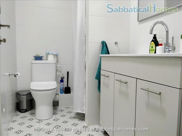 Beautiful 3-bedroom apartment in central Tel-Aviv Home Rental in Tel Aviv-Yafo 8