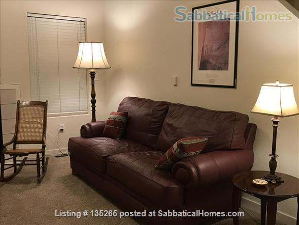 Furnished Wellman Creek townhome by UC Research Park, close to NIST, NCAR Home Rental in Boulder, Colorado, United States 2
