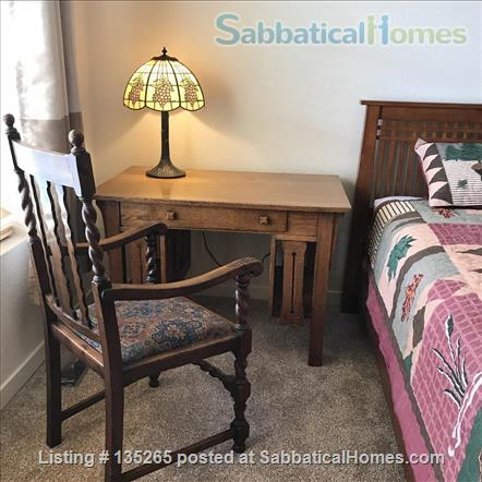 Furnished Wellman Creek townhome by UC Research Park, close to NIST, NCAR Home Rental in Boulder, Colorado, United States 7
