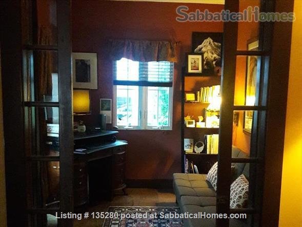 Remodeled bungalow in perfect Central District location Home Rental in Seattle, Washington, United States 6