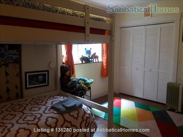 Remodeled bungalow in perfect Central District location Home Rental in Seattle, Washington, United States 8