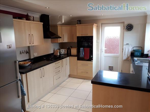 Three Bed House in Cambridge Home Rental in Cambridge, England, United Kingdom 2