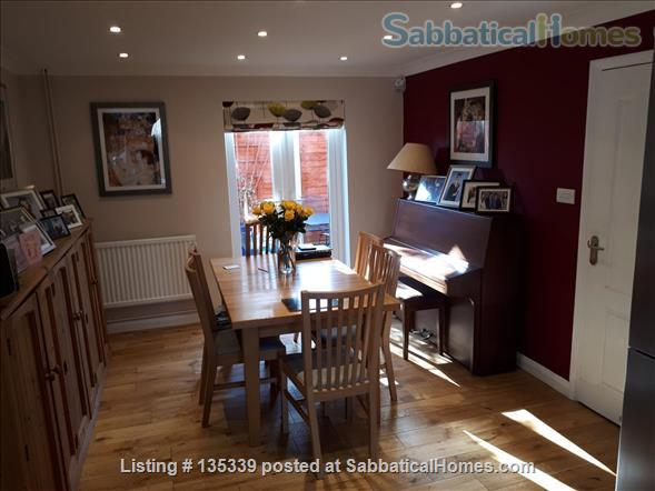 Three Bed House in Cambridge Home Rental in Cambridge, England, United Kingdom 3