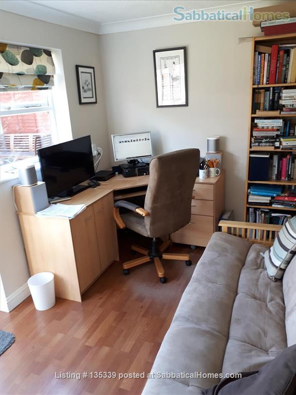 Three Bed House in Cambridge Home Rental in Cambridge, England, United Kingdom 4