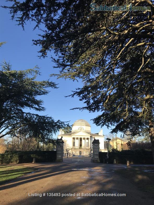 Home for rent or exchange beside one of London's most historic gardens -Chiswick House Garden Home Rental in Chiswick, England, United Kingdom 3