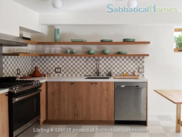 Short Term Rent - Private Garden Bungalow in Glassell Park (Occidental, Art Center, JPL, USC) Home Rental in Los Angeles, California, United States 5