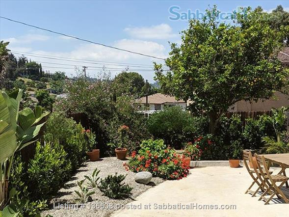 Short Term Rent - Private Garden Bungalow in Glassell Park (Occidental, Art Center, JPL, USC) Home Rental in Los Angeles, California, United States 6