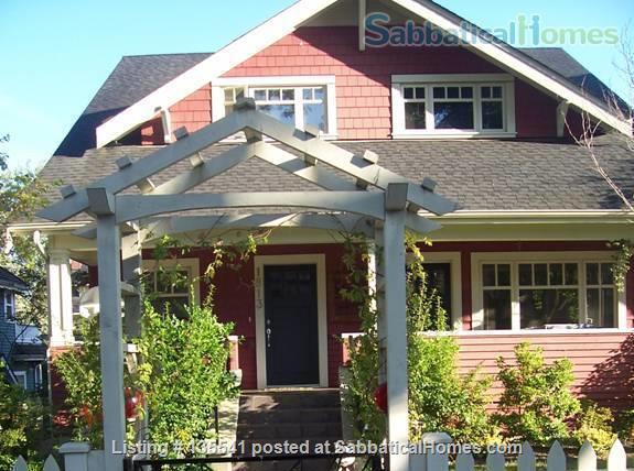 Luxury Kitsilano 2 Bedroom + Den 3 Bathroom Townhouse near beach Home Rental in Vancouver, British Columbia, Canada 1