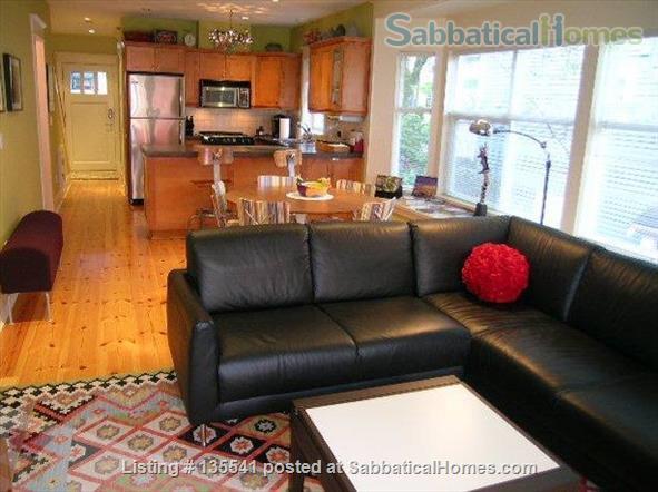 Luxury Kitsilano 2 Bedroom + Den 3 Bathroom Townhouse near beach Home Rental in Vancouver, British Columbia, Canada 4