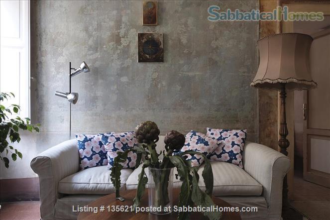 DELABRE' FURNISHED SABBATICAL HOME  next to PIAZZA VITTORIO METRO Home Rental in Roma, Lazio, Italy 1
