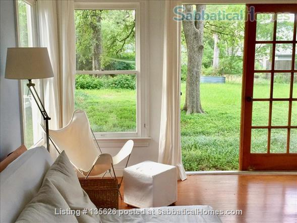 Large Furnished House to Share in Beautiful, Shady French Place Neighborhood Near UT and Downtown. Home Rental in Austin, Texas, United States 5