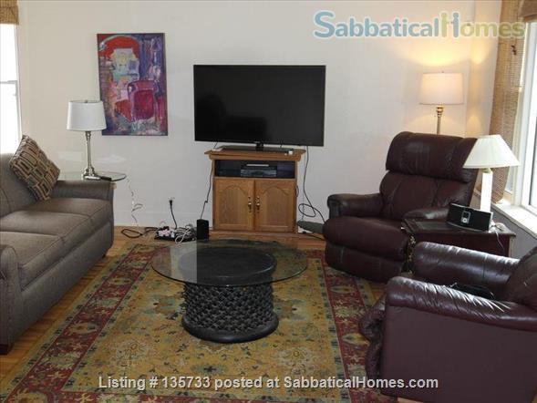 Lovely 3 BR home in Southwest Minneapolis - just 15 mins from the university Home Rental in Minneapolis, Minnesota, United States 4