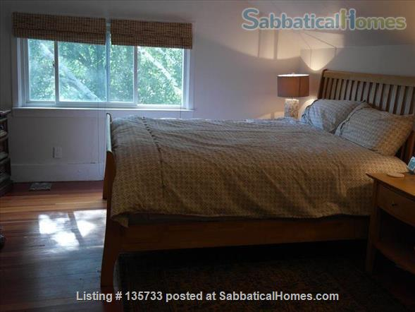 Lovely 3 BR home in Southwest Minneapolis - just 15 mins from the university Home Rental in Minneapolis, Minnesota, United States 5