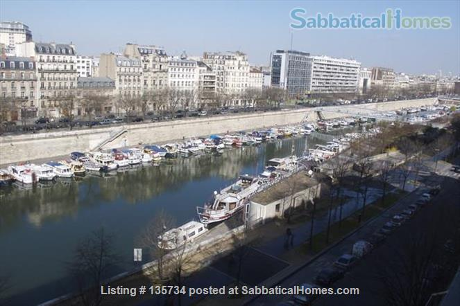 Marais Bastille Listed *Studio  W/ Fab View on Whole Paris- 15sqm Home Rental in Paris 0